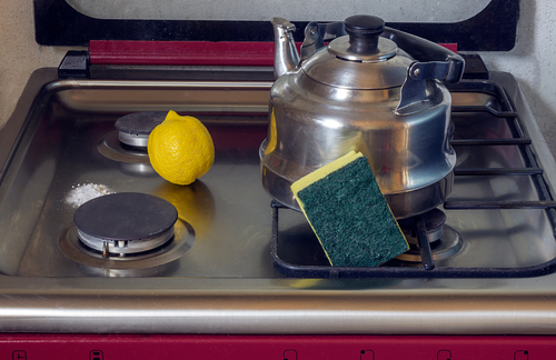 Using Lemon And Baking Soda For Cleaning