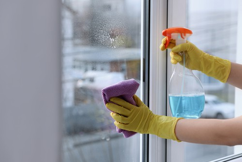 How Long Does It Take To Clean A House Professionally?